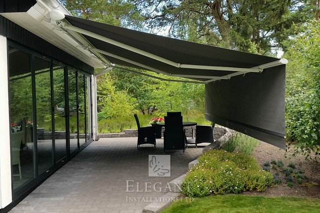Eclipse awning with drop-down valance