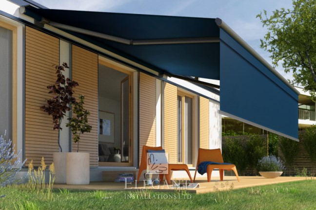 Livona awning with drop-down valance
