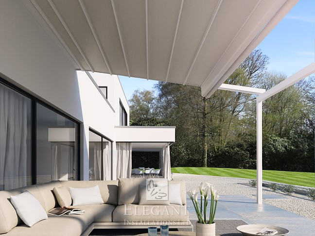 E215 Folding Textile Patio Roof