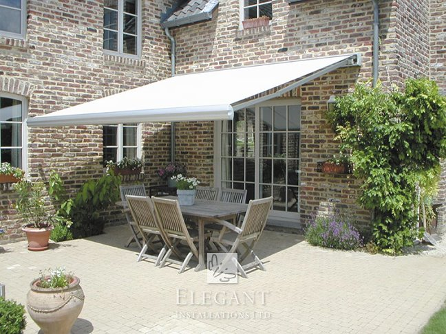 Cannes made to measure awning