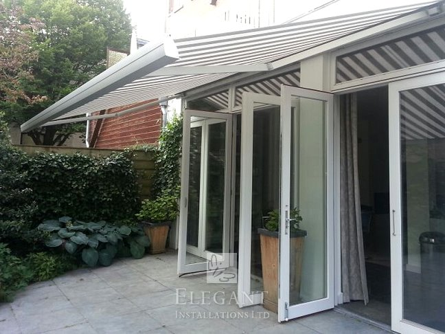 Fusion 250 Electric Awning